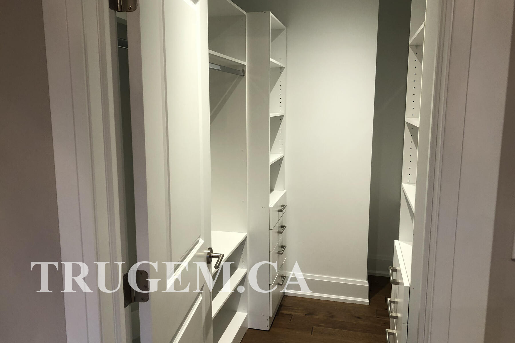 closet organizer with drawers