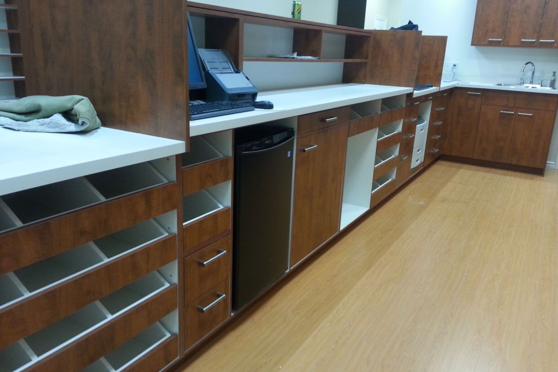 medicine cabinets pharmacy
