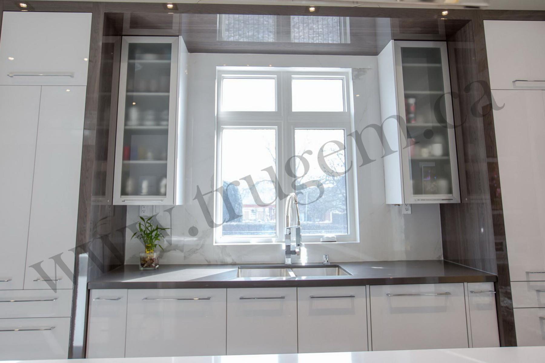 contemporary kitchen counter decor