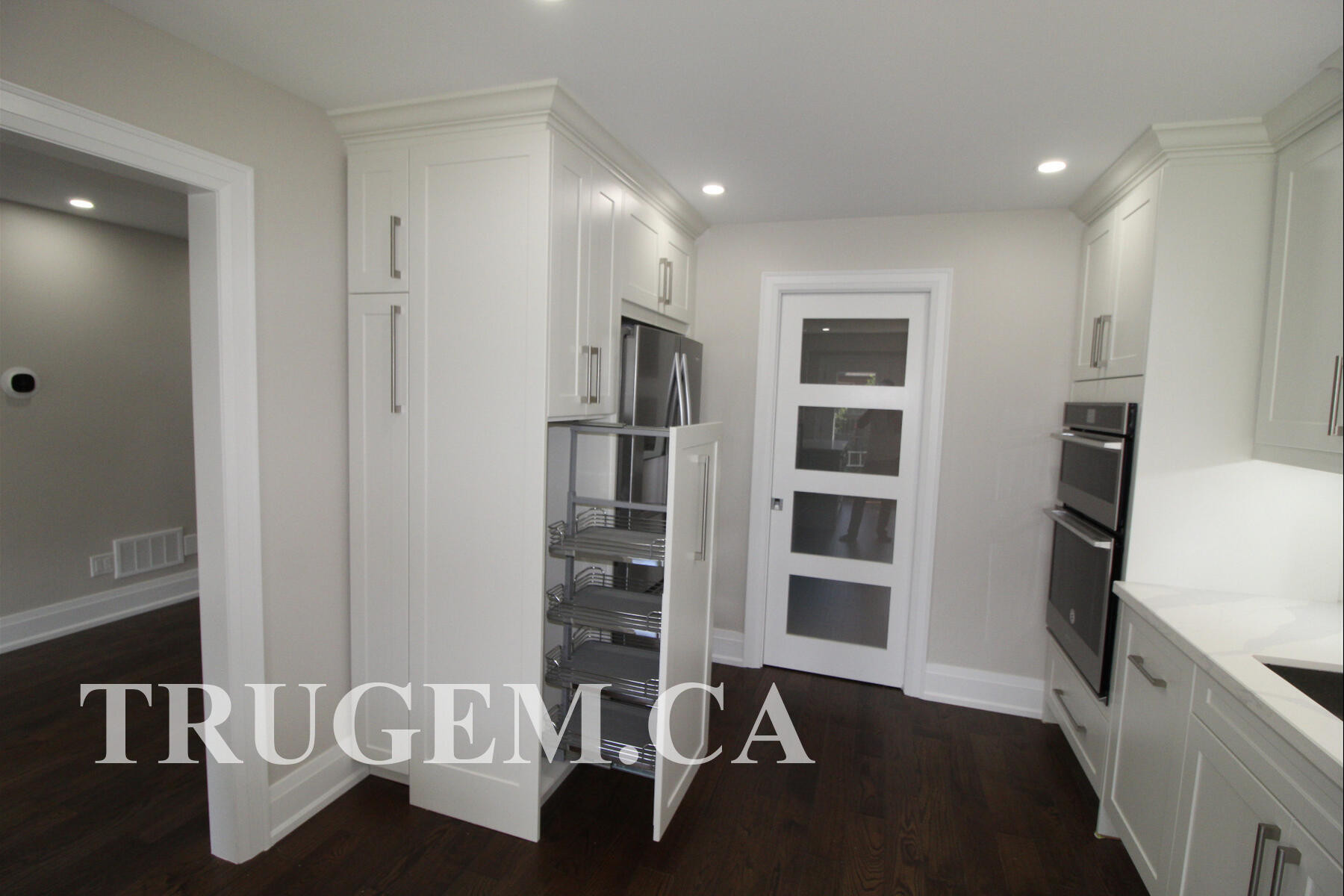 renovating kitchen cupboards