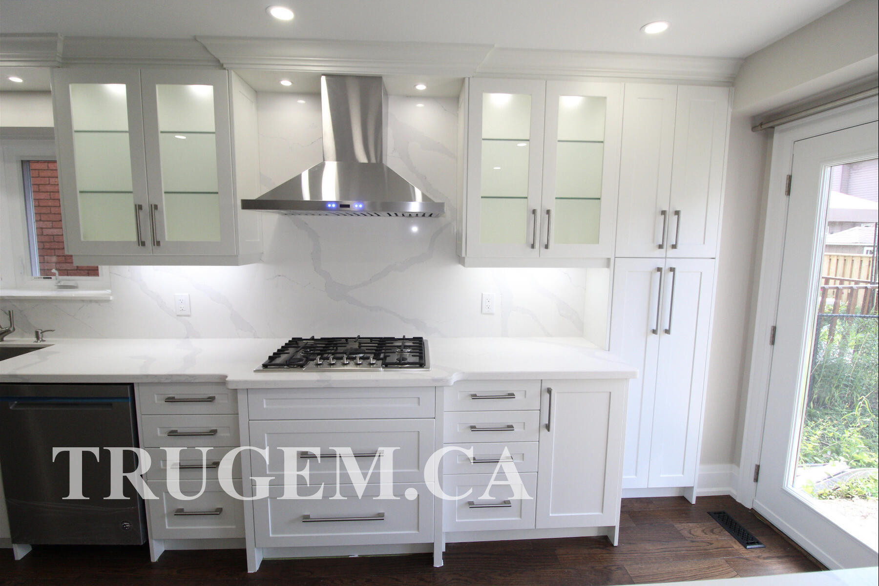 classic style kitchens